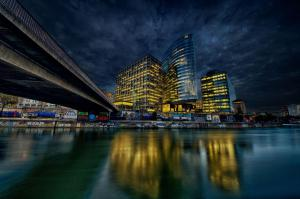 Bürogebäude am Donaukanal
