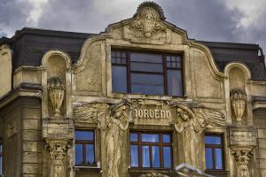 Nordende: Jugendstilhaus an der Spittelau