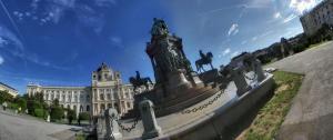 Maria Theresien-Denkmal